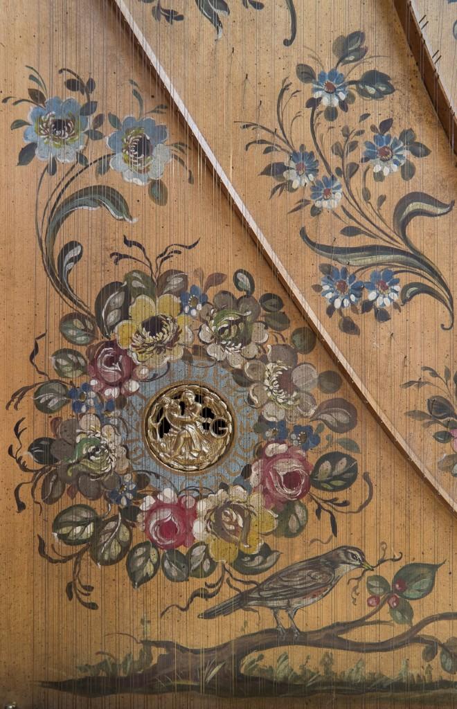 Clavicembalo Bizzi - particolare tavola armonica