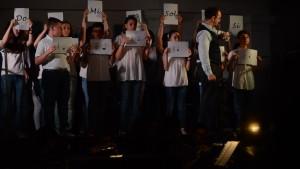 Dimitri Fontolan con il coro di voci bianche Antonio Buzzolla