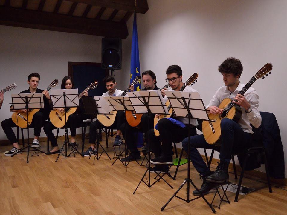 Orchestra di Chitarre - Foto 2